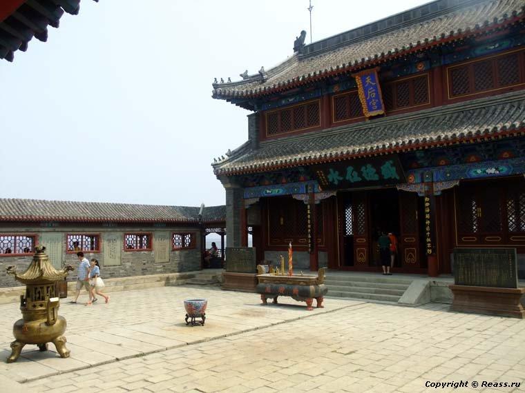 Великая китайская стена. Голова дракона